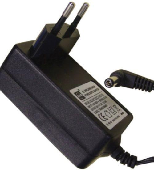 Netzadapter für Cosmopolit 7 Web und 7A Web GRUNDIG