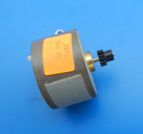 Wickelmotor mit Ritzel Zahnrad für CF 7400 Hifi NEU