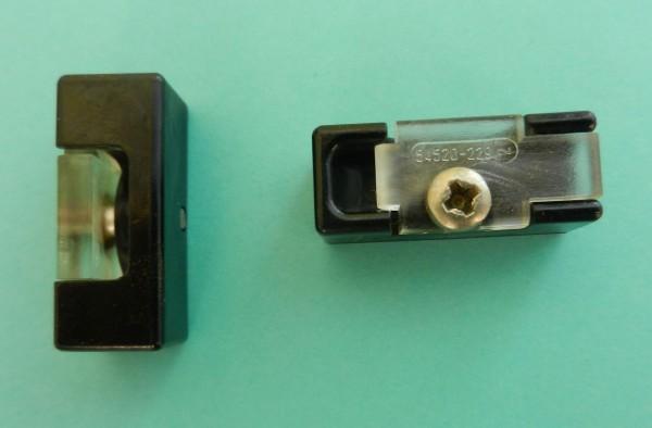 Zugentlastung für Hifi Geräte und Radiorecorder von GRUNDIG