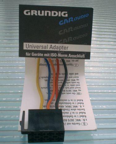 Universal 12V Adapter mit ISO-Norm Anschluß von GRUNDIG
