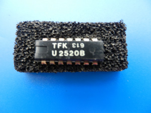 U2520 B LED - Anzeige IC für Hifi - Cassettendecks